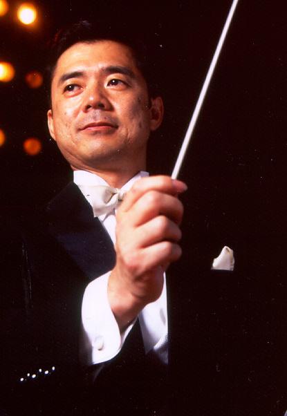 指揮者紹介 指揮者紹介吉田年一 1987年 金城学院大学ハンドベルクワイア(以下、同クワイア)の